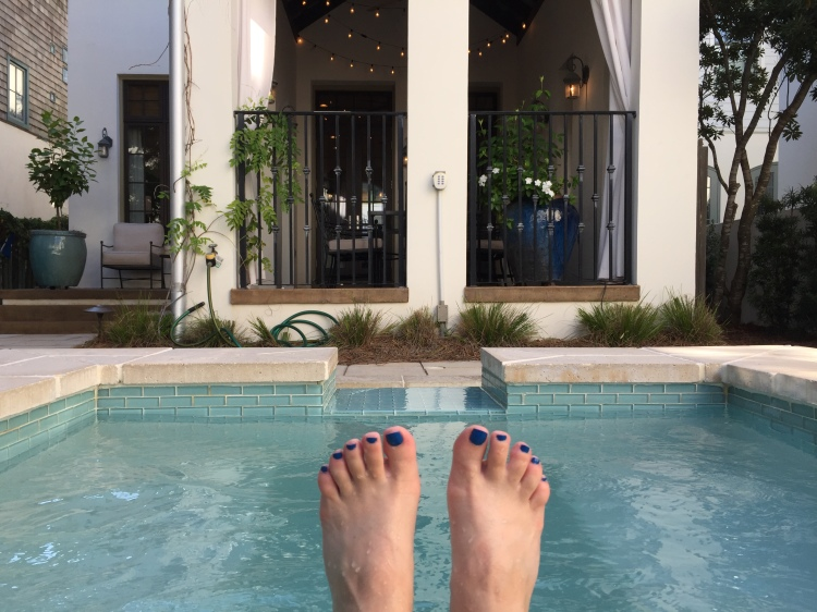 Hot tub toes