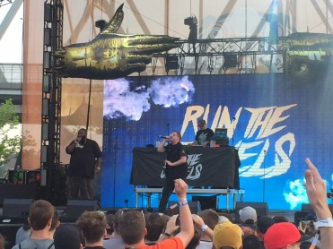 Run the Jewels starts the blood flow