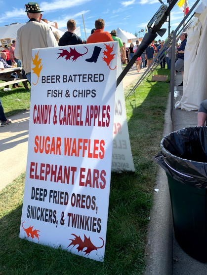 Besides Schnitzel and brats, carnival favorites filled the bellies.